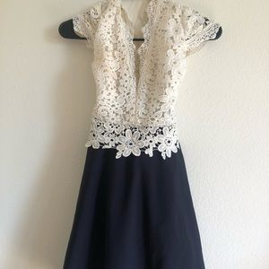WHITE LACE DRESS WITH BLUE MATERIAL